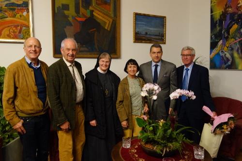 Sr. Exzellenz Bischof László Kiss-Rigó von Szeged und Hódmezövásárhely empfängt die Ulmer Delegation.